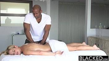 Gisele sexo transando depois de receber uma massagem