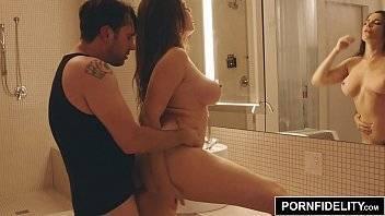 Videos de sexo bem dotados comendo a gostosa