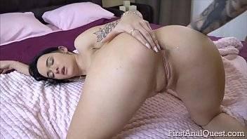 Filme pornografico fodendo o cuzinho da garota
