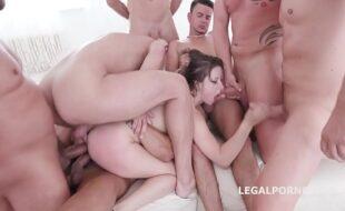 Filme pornô com sabrina sato sendo esculachada por varios machos
